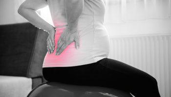 Боль в спине во время схваток